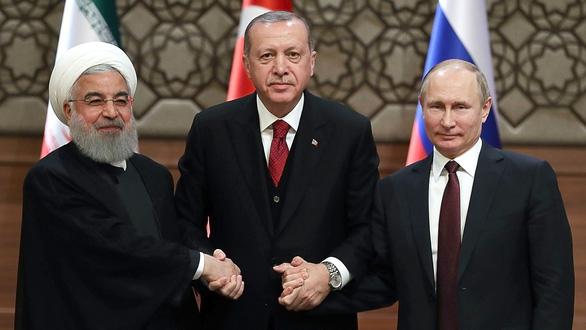 Syria khốn cùng trong tay các nước lớn - Ảnh 1.