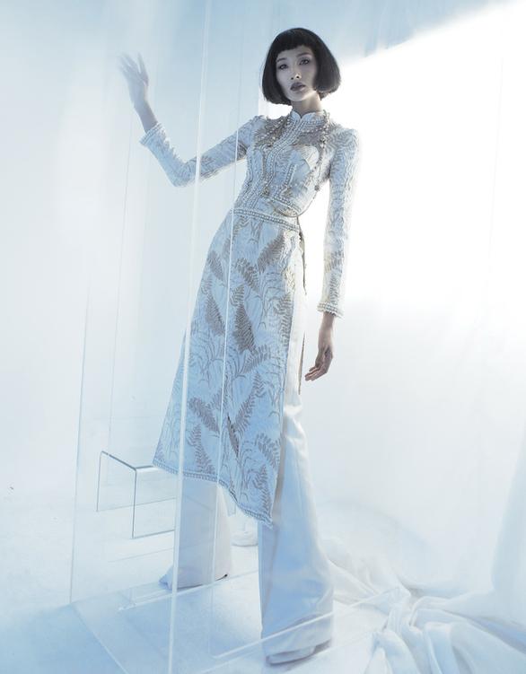 Công Trí chọn Coco yêu dấu mở màn Tuần lễ thời trang quốc tế Việt Nam - Ảnh 4.