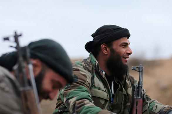 Syria tan hoang trong vòng xoáy nội chiến - Ảnh 3.