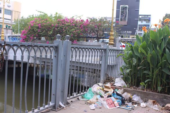 Sài Gòn ra đường là gặp rác thải - Ảnh 5.