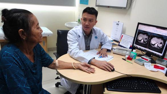 Giá thuốc điều trị ung thư gan 7 tháng tăng giá 5 lần - Ảnh 3.