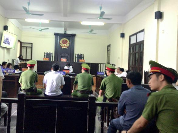 Giám đốc sở bị cưỡng đoạt không dự xét xử nguyên nhà báo Lê Duy Phong - Ảnh 1.