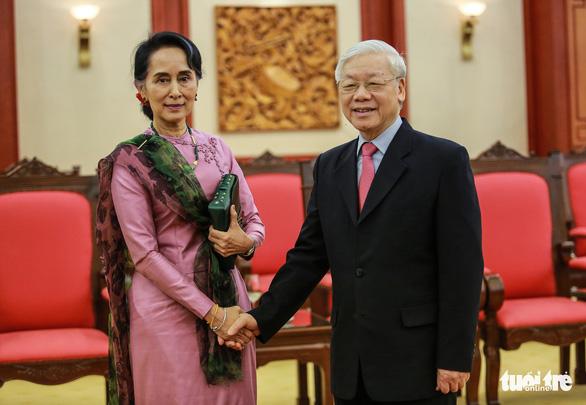 Tổng bí thư Nguyễn Phú Trọng tiếp thân mật bà San Suu Kyi - Ảnh 1.