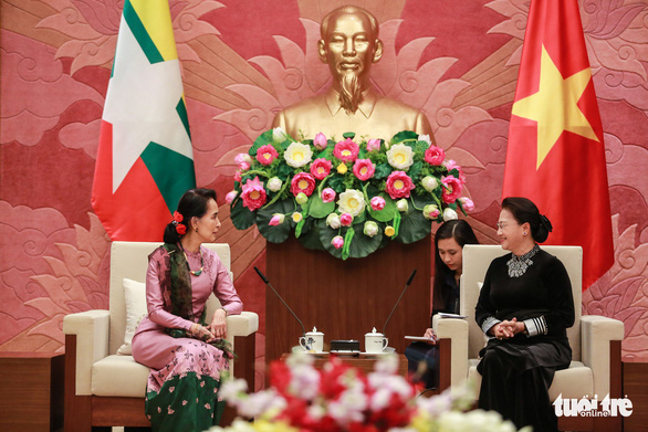 Tổng bí thư Nguyễn Phú Trọng tiếp thân mật bà San Suu Kyi - Ảnh 2.