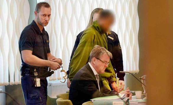 Phố đèn đỏ: Thụy Điển phạt người mua dâm - Ảnh 1.
