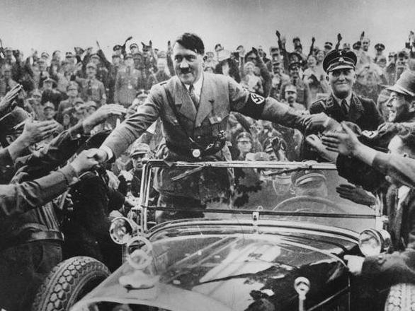 Phát hiện xác tàu ngầm, giải mã thuyết âm mưu Hitler trốn sang Nam Mỹ - Ảnh 3.