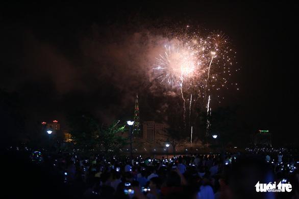 Hàng vạn khách xem show nghệ thuật mừng Giỗ Tổ Hùng Vương  - Ảnh 8.