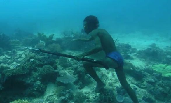 Người bơi lặn như rái là có thật? - Ảnh 3.