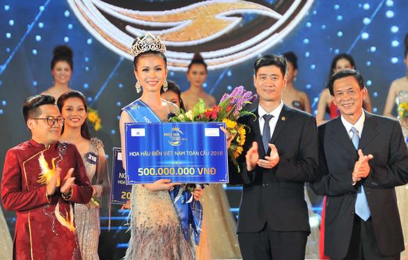 Hoa hậu biển Việt Nam toàn cầu không nhớ nổi 12 huyện đảo - Ảnh 2.