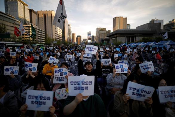 Hàn Quốc ngừng phát thanh tuyên truyền vào Triều Tiên - Ảnh 4.