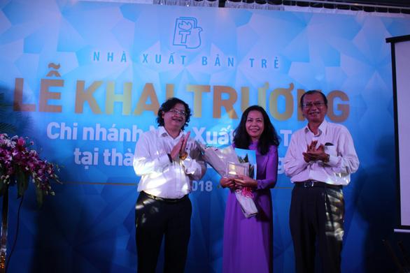 Khai trương chi nhánh Nhà xuất bản Trẻ tại Đà Nẵng - Ảnh 2.