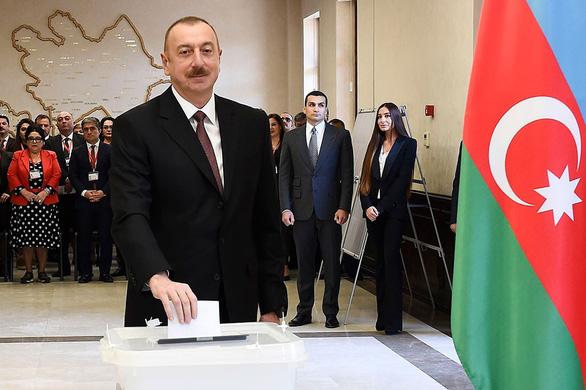 Đòn ngoại giao trứng cá muối của Azerbaijan - Ảnh 2.