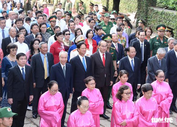 Hàng ngàn người dự giỗ Tổ Hùng Vương tại TP.HCM - Ảnh 3.