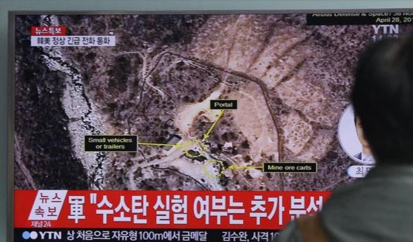 Bãi thử hạt nhân của Triều Tiên đã sập tan tành - Ảnh 1.