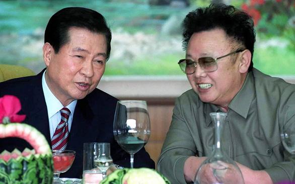 Hàn Quốc từng hối lộ nửa tỉ USD để tổ chức thượng đỉnh liên Triều đầu tiên? - Ảnh 1.