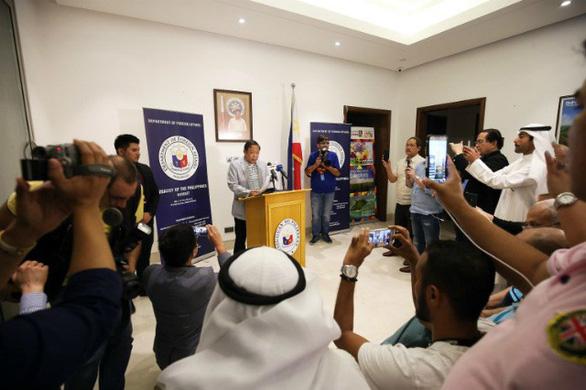 Philippines bảo vệ người lao động, chấp nhận căng thẳng với Kuwait - Ảnh 3.
