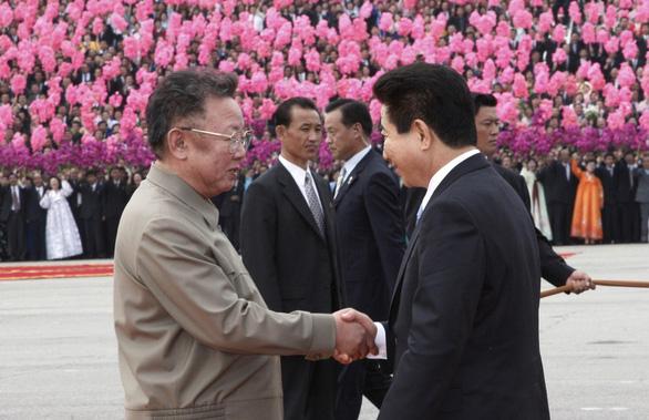 Trùm tình báo Hàn Quốc rơi nước mắt trong thượng đỉnh liên Triều - Ảnh 3.