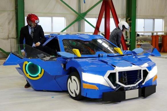 Robot biến thành xe hơi, viễn tưởng đã thành hiện thực - Ảnh 1.