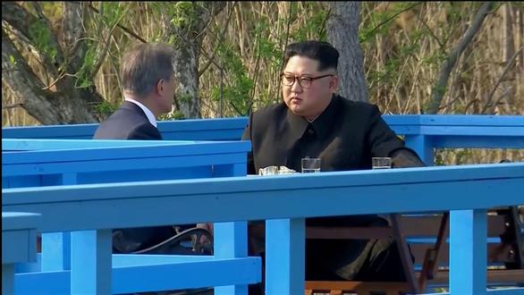 Cây hòa bình gieo xuống, tương lai Triều Tiên bay lên - Ảnh 2.