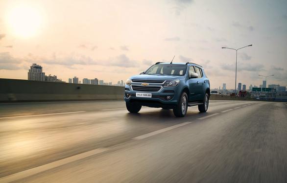 Ngoài giá bán, Chevrolet Trailblazer có gì để đấu Toyota Fortuner? - Ảnh 1.