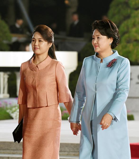 Báo Hàn Quốc hoan nghênh nhưng thận trọng về thượng đỉnh liên Triều - Ảnh 2.