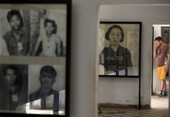 Bán ảnh nạn nhân diệt chủng Khmer Đỏ, tiền đã cao hơn đạo đức? - Ảnh 4.