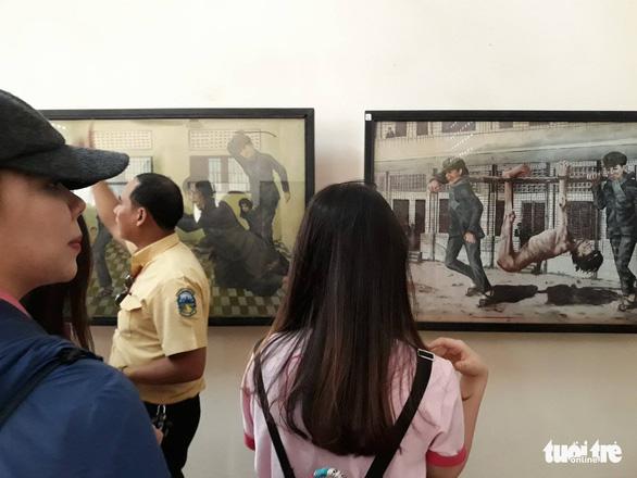 Bán ảnh nạn nhân diệt chủng Khmer Đỏ, tiền đã cao hơn đạo đức? - Ảnh 2.