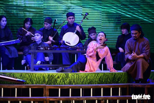 Trăm năm cải lương xúc động đêm diễn tôn vinh thầy Ba Đợi - Ảnh 14.