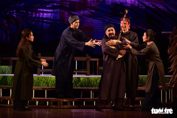 Trăm năm cải lương xúc động đêm diễn tôn vinh thầy Ba Đợi - Ảnh 20.