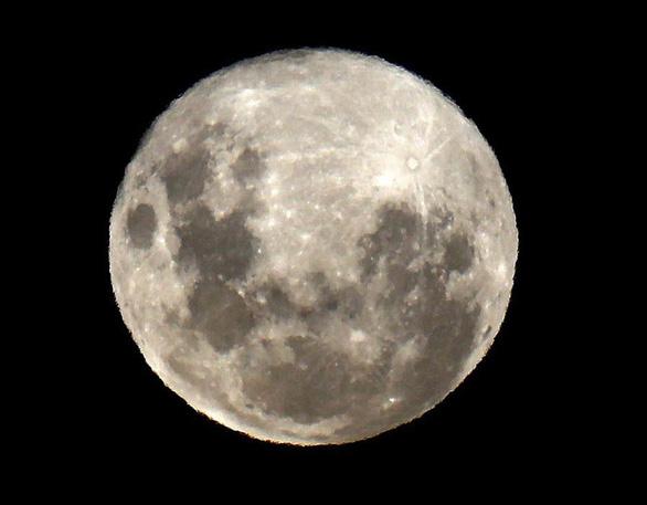 Ngắm trăng xanh lần thứ hai trong năm 2018 - Ảnh 3.