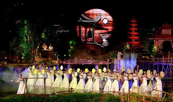 Festival Huế 2018: Âm vọng sông Hương dành cho người yêu Huế - Ảnh 6.