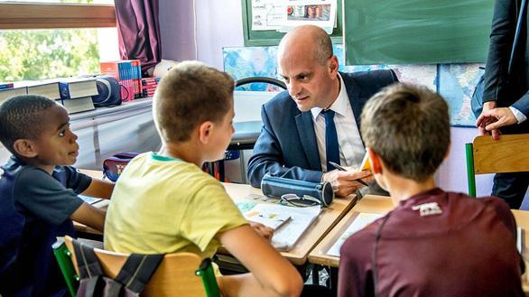 Cải cách giáo dục Pháp bị giáo viên phản ứng vì rập khuôn - Ảnh 5.