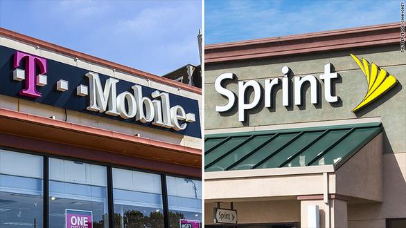 Sprint và T-Mobile sáp nhập trong thương vụ 26 tỉ USD - Ảnh 1.