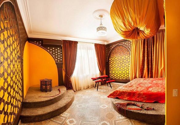 Khách sạn tình yêu cho những cặp đôi thăng hoa ở Ukraine - Ảnh 5.