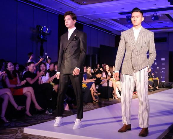 30 nhà thiết kế, 400 người mẫu tham gia Tuần lễ thời trang quốc tế  - Ảnh 5.