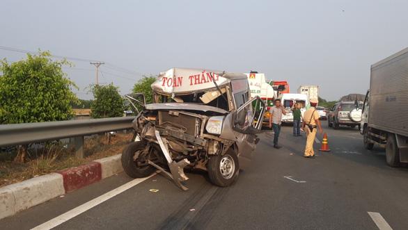 Công bố điều tra ban đầu vụ nhiều xe tông nhau trên cao tốc - Ảnh 3.
