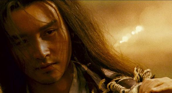 Khi Vương Gia Vệ mượn kiếm hiệp để kể chuyện diễm tình - Ảnh 6.