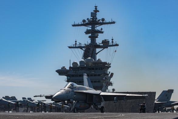Tàu sân bay Mỹ - Trung sẽ chạm mặt trên Biển Đông? - Ảnh 1.