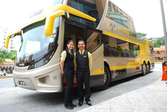 Đi xe buýt tiết kiệm từ Kuala Lumpur sang Singapore - Ảnh 1.