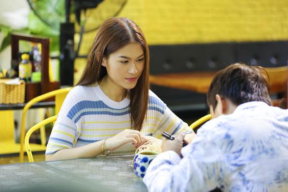 Yêu em bất chấp là 1 bản remake an toàn của Cô nàng ngổ ngáo - Ảnh 6.