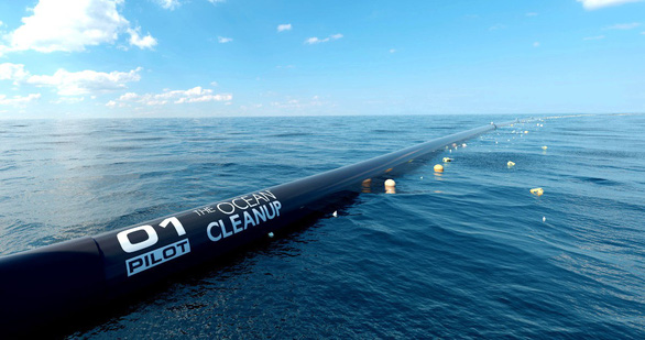 Chàng trai 23 tuổi dọn rác đại dương nhận 1.500 email thắc mắc - Ảnh 1.