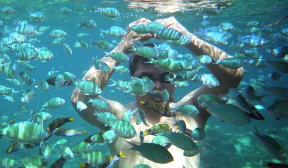 Philippines dọn đảo Boracay chờ du khách Trung Quốc? - Ảnh 2.