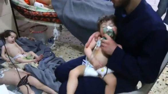 Sân bay Syria bị tấn công bằng tên lửa - Ảnh 1.