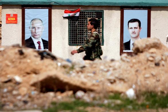 Sân bay Syria bị tấn công bằng tên lửa - Ảnh 4.