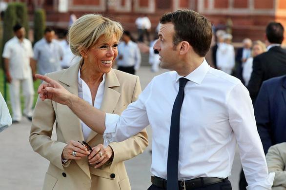 Thân tín của Tổng thống Pháp là ai? Vợ ông ấy - Ảnh 4.