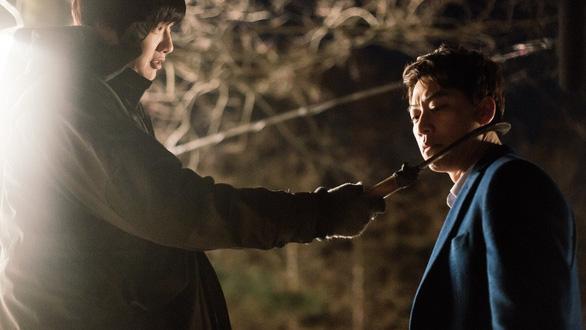 Điện ảnh Hàn, Trung tìm cách chặn cơn lốc Avengers: Infinity War - Ảnh 3.