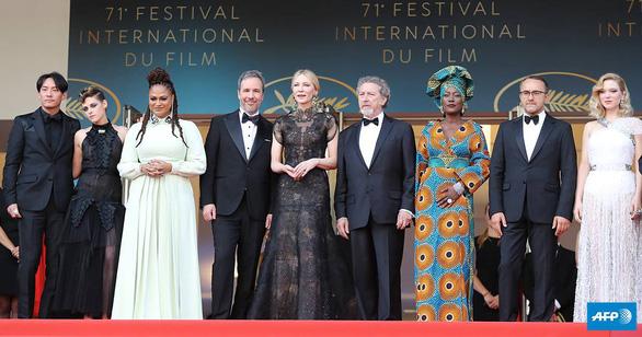 Người phụ nữ đầu tiên làm phim và góc khuất nữ quyền của Cannes - Ảnh 3.