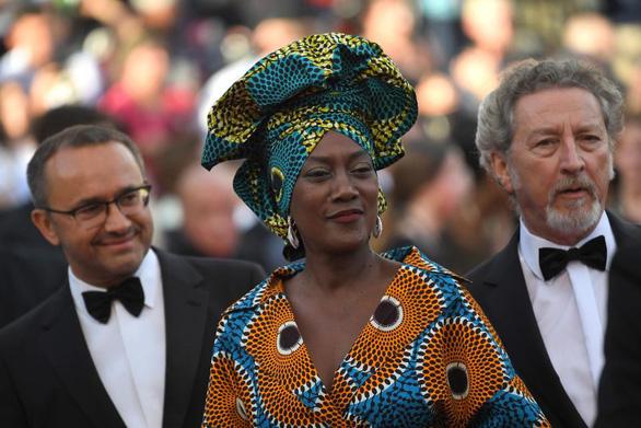 Cành Cọ Vàng 24 carat và 71 bộ nữ trang cho Cannes lần thứ 71 - Ảnh 9.