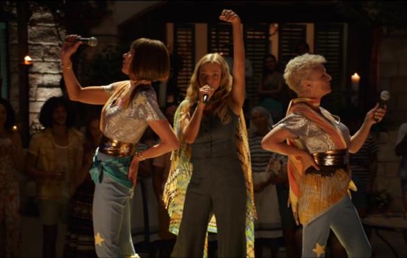 Cher và Meryl Streep tái hợp với Mamma Mia: Here We Go Again - Ảnh 4.