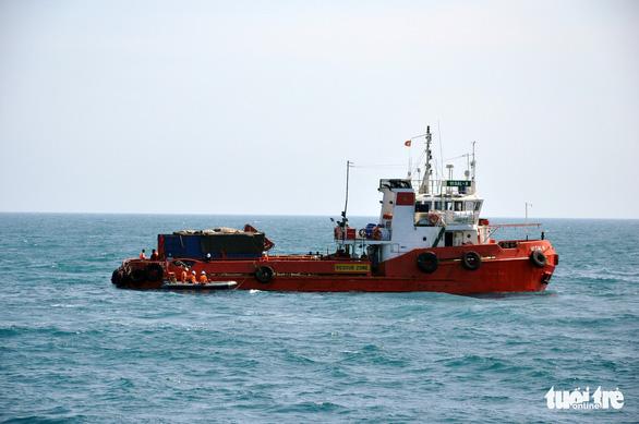 Phạt tiền 4 thủy thủ gây ra vụ chìm tàu làm 9 người chết - Ảnh 2.